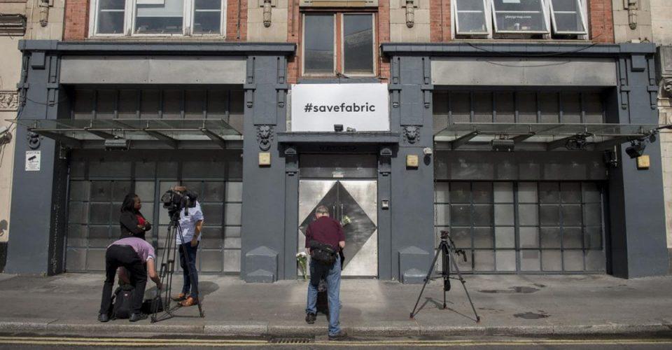 """""""Bez pomocy rządu nawet 80 procent brytyjskich klubów nie przetrwa"""" - ostrzega NTIA"""