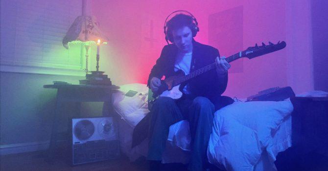 Andrew VanWyngarden z MGMT zremiksował kawałek Johnny'ego Jewela z Chromatics