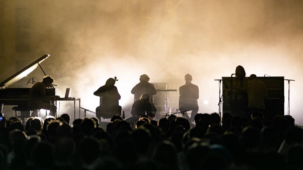 nicolas jaar - koncert z 2019 roku