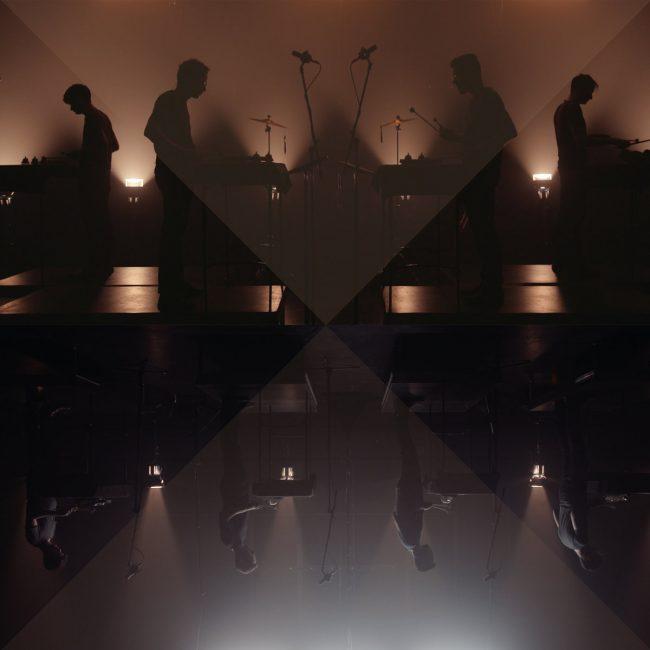 Son Lux zapowiadają Tomorrows III singlem A Different Kind Of Love
