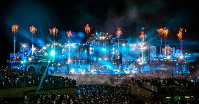 TOP 10 basowych setów z Tomorrowland – DJ Snake, Jauz, Netsky i inni