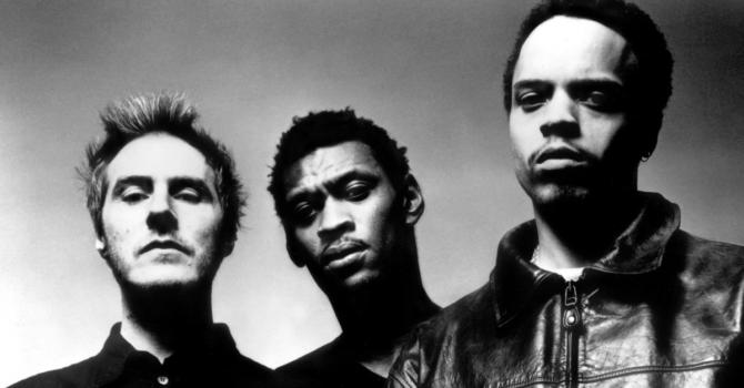 """30 lat jednej z najważniejszych płyt w historii. Massive Attack – """"Blue Lines"""""""