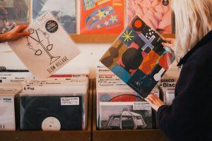 Dwójka DJ-ów odnalazła kolekcję swoich płyt 10 lat po jej zaginięciu