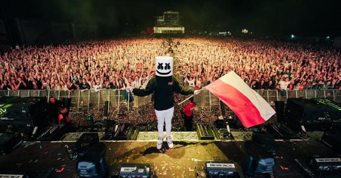 """Fala basowego szoku, czyli nowy album """"Shockwave"""" Marshmello"""