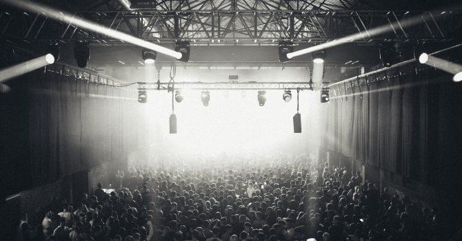 Glasgow: klub nagłośni imprezę za pomocą ciepła ciała tancerzy