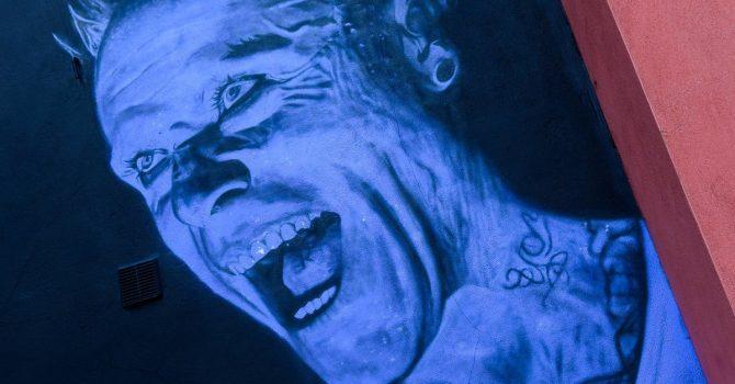 Odsłonięto mural z wizerunkiem Keitha Flinta