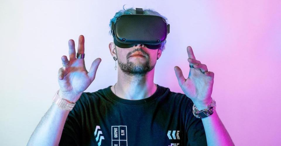 """Czy album """"Simulation"""" Virtual Riota spełnił oczekiwania?"""